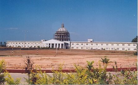 Aarupadai Veedu Medical College