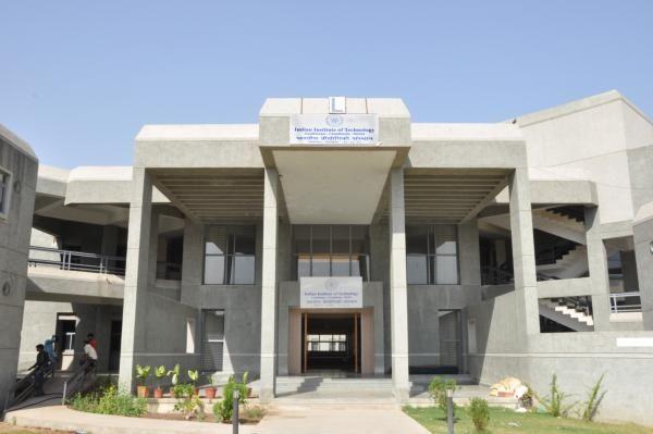Indian Institute of Technology Gandhinagar College
