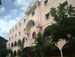 New Life College